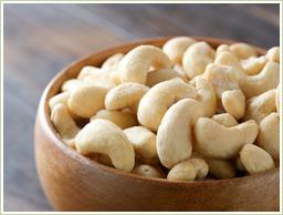 インド産の上質カシューナッツを使用