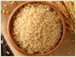 国産の特選玄米を使用
