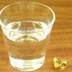 コップ1杯の水を用意