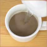少し大きめのマグカップがおすすめです。